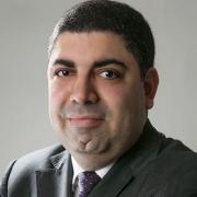 Dr. Giovani Saavedra
